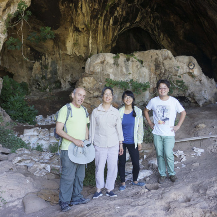 Professor Li Liu and fellow researchers in Israel